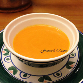Carrot soup with orange