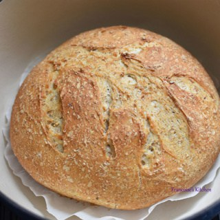 Dutch Oven Oatmeal Bread