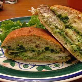 Tilapia Sandwich with Spinach Basil Pesto