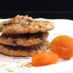 Apricot Chocolat Oatmeal Cookies