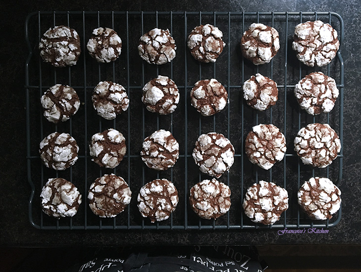 ChocolateCrackleCookies6