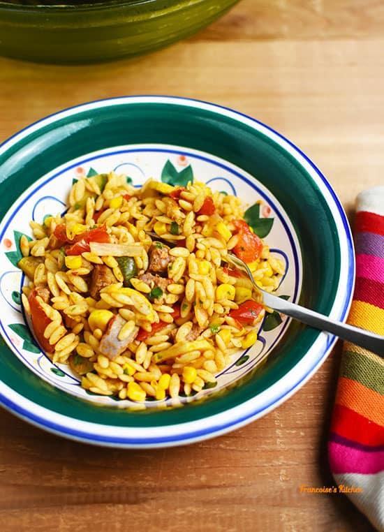 Salade de Pâtes aux Saucisses façon Mexicaine