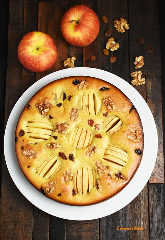 Aunt Janine's Apple Cake